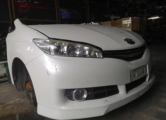 TOYOTA WISH HALF CUT